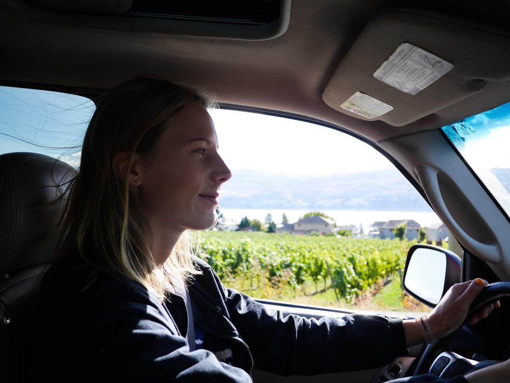 okanagan valley weekend guide wine hello getaway