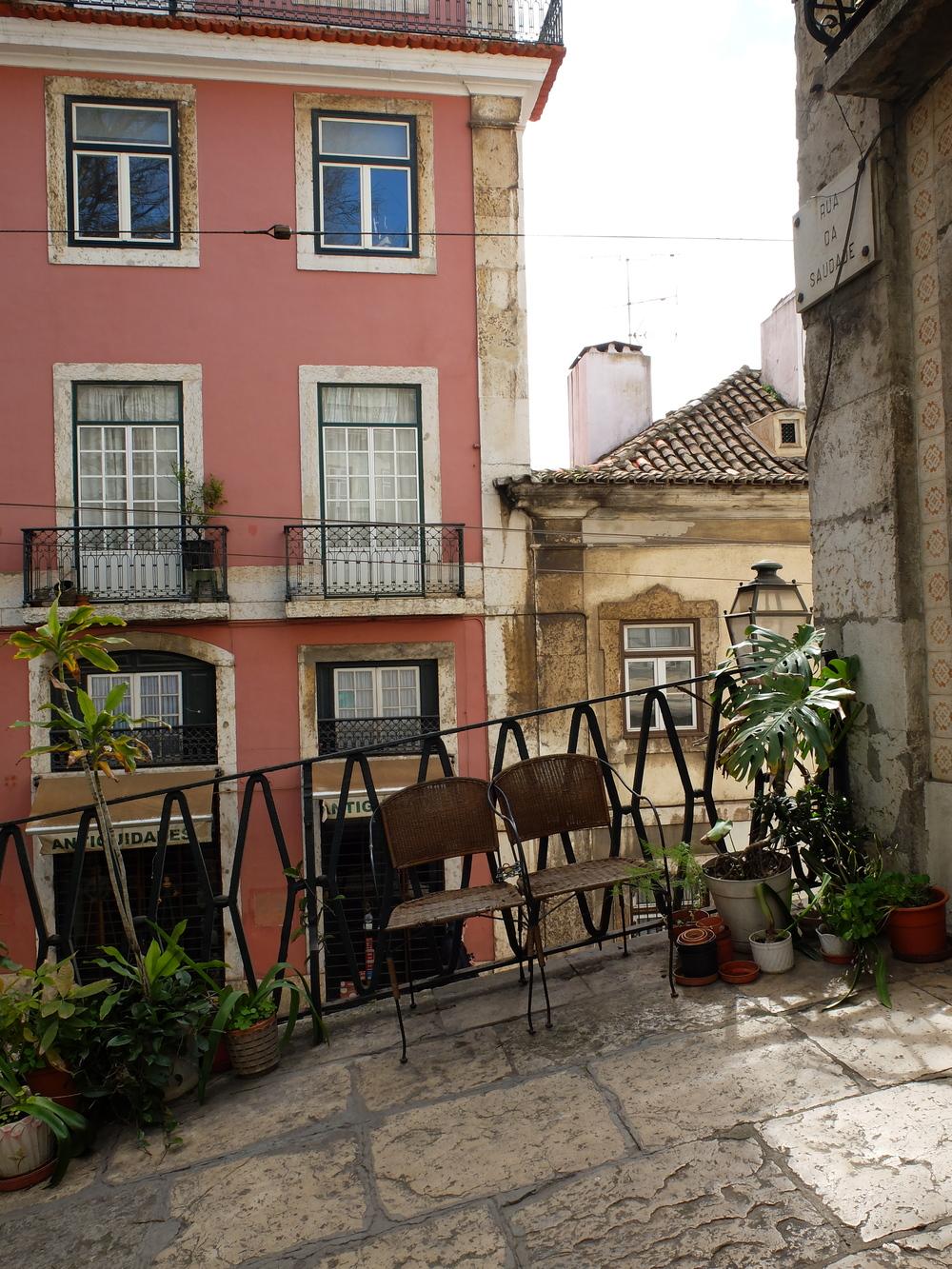 Alfama Lisbon hello getaway weekend cityguide