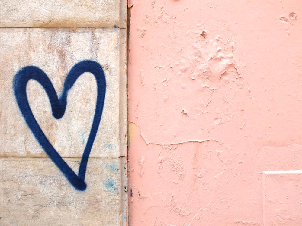 Grafitti Lisbon cityguide weekend hello getaway