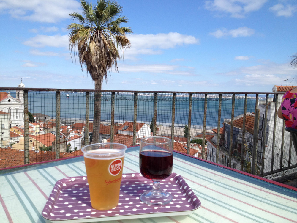 lisbon weeked guide portwine hello getaway