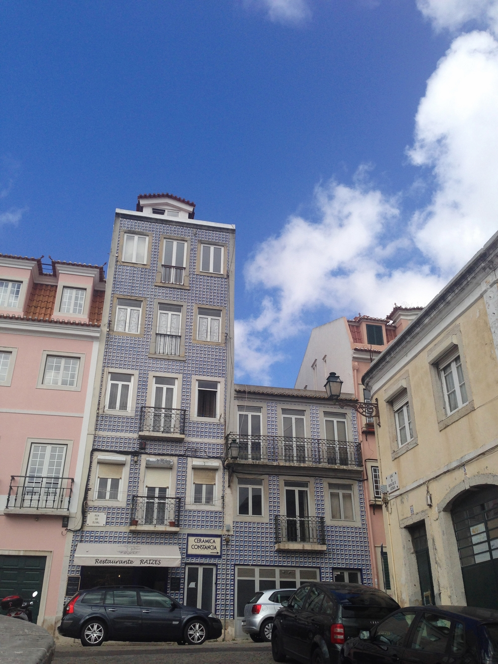 tiles hello getaway Lisbon cityguide weekend
