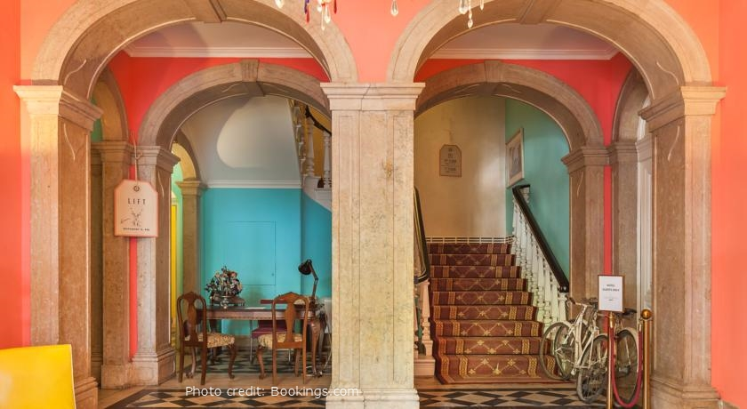 hello getaway city guide Lisbon booking the independent hostel and suites