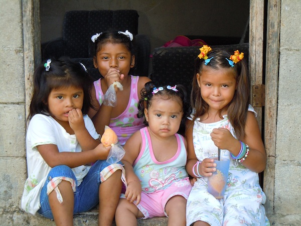 costa-rica-volunteer-vacation-tico-children.jpg