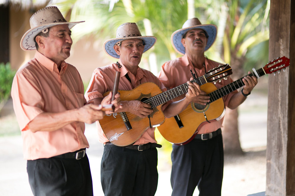wedding-singers-latin-band-tropical-wedding.jpg