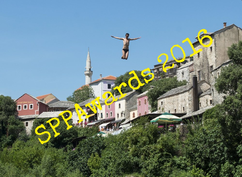 Mostar bridge jumpers.jpg