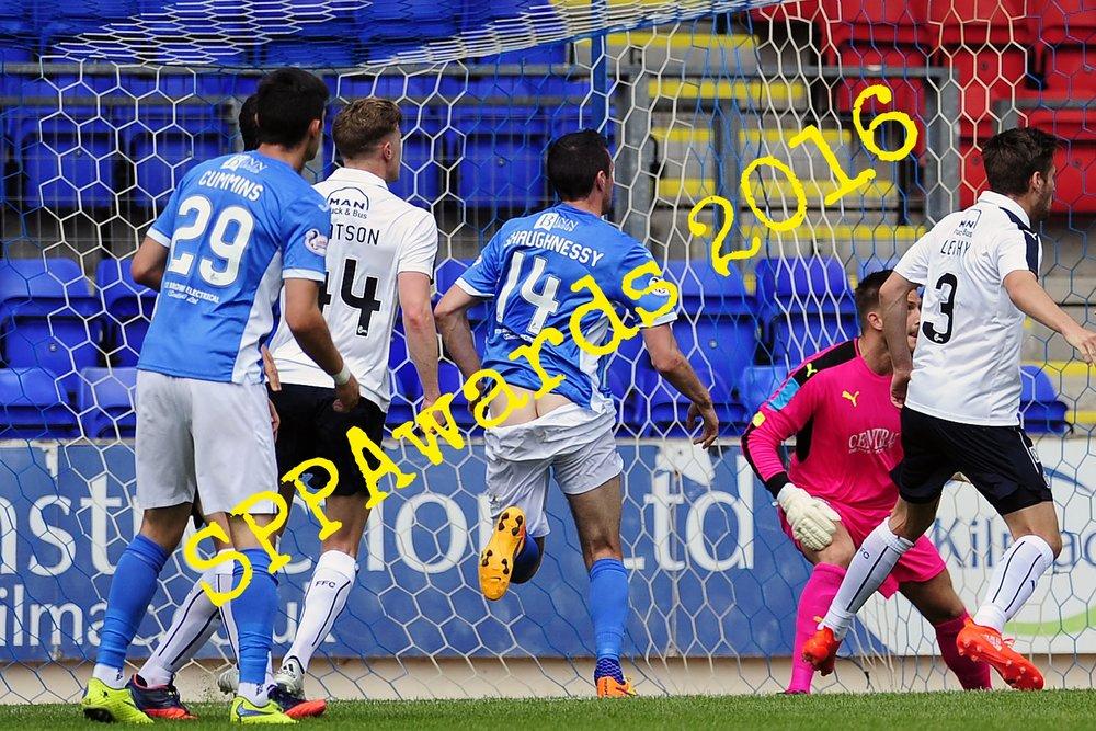 Sport action St Johnstone v Falkirk.jpg