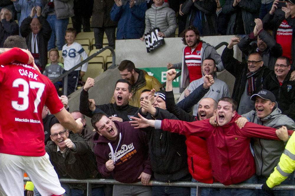 SPPA2017_Sports Features_Fans jubilation.jpg