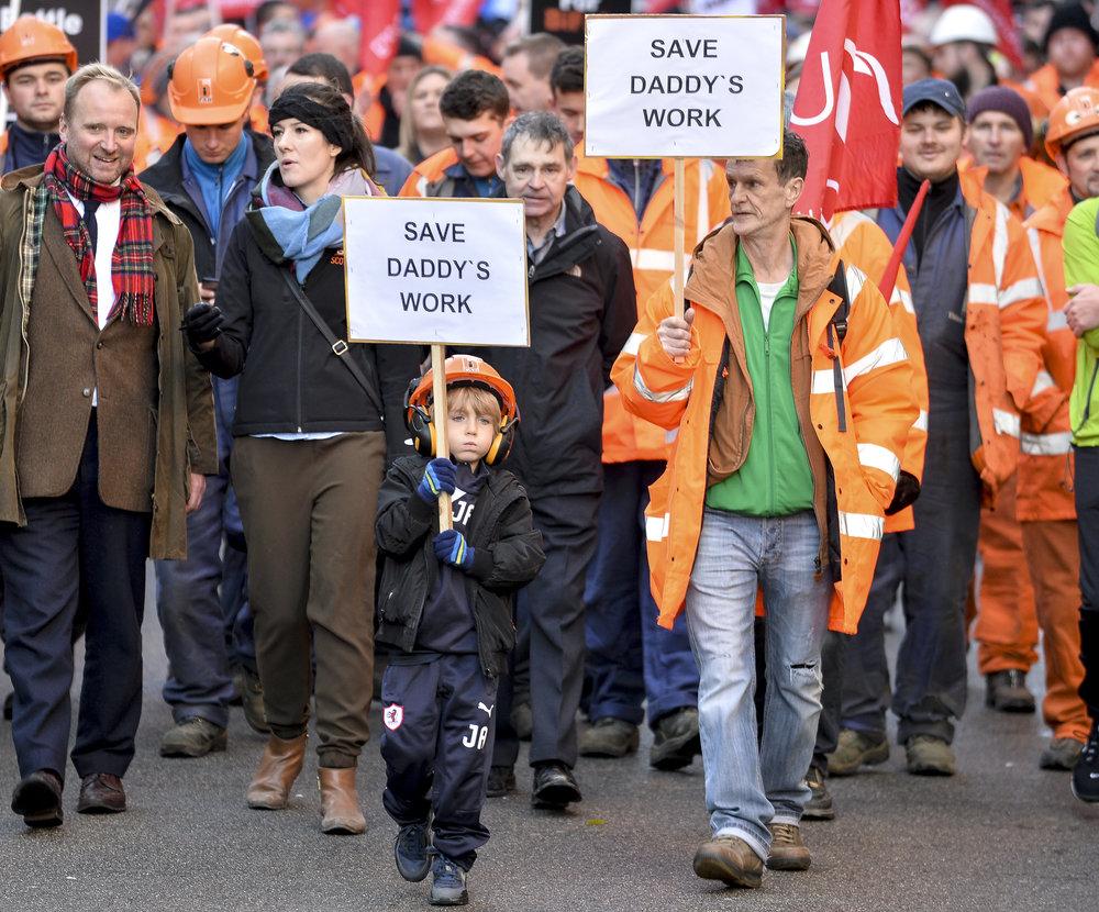 Son marches through Edinburgh to save his father's job at Bi Fab..JPG