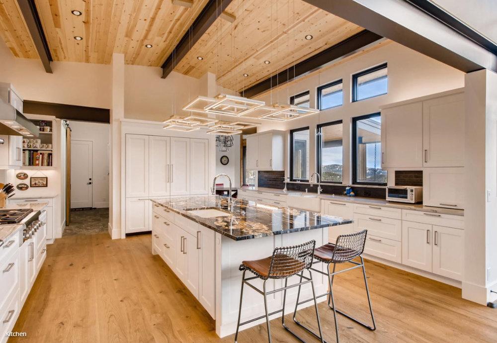 roen - kitchen.jpg