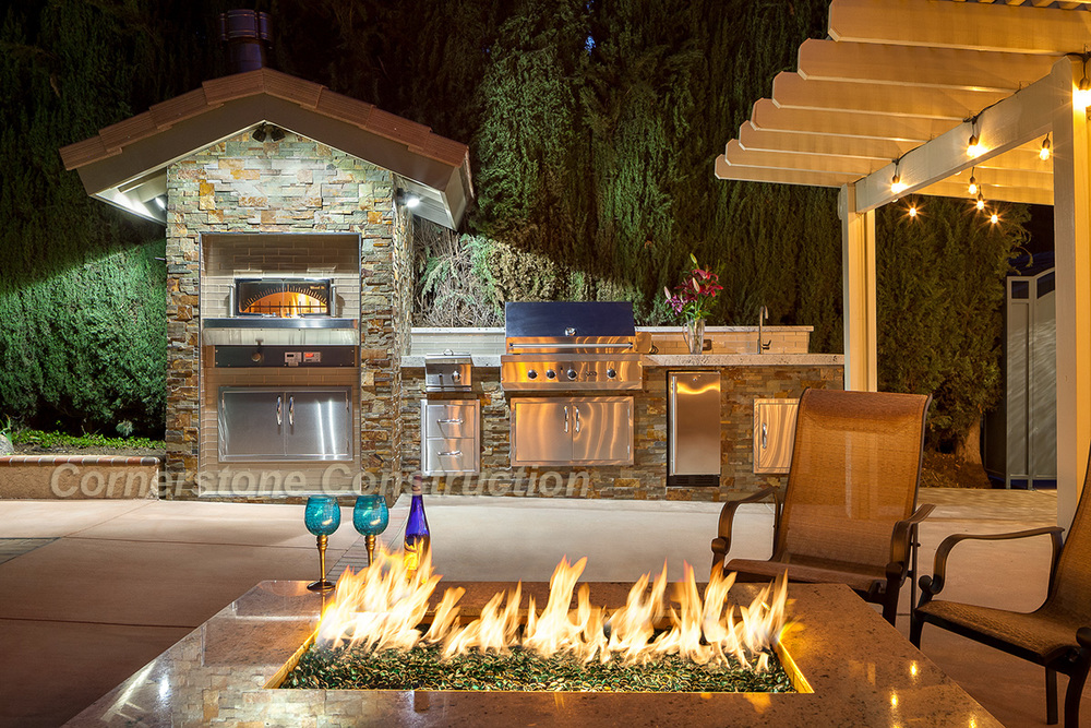 Hiawatha Backyard firepit.jpg