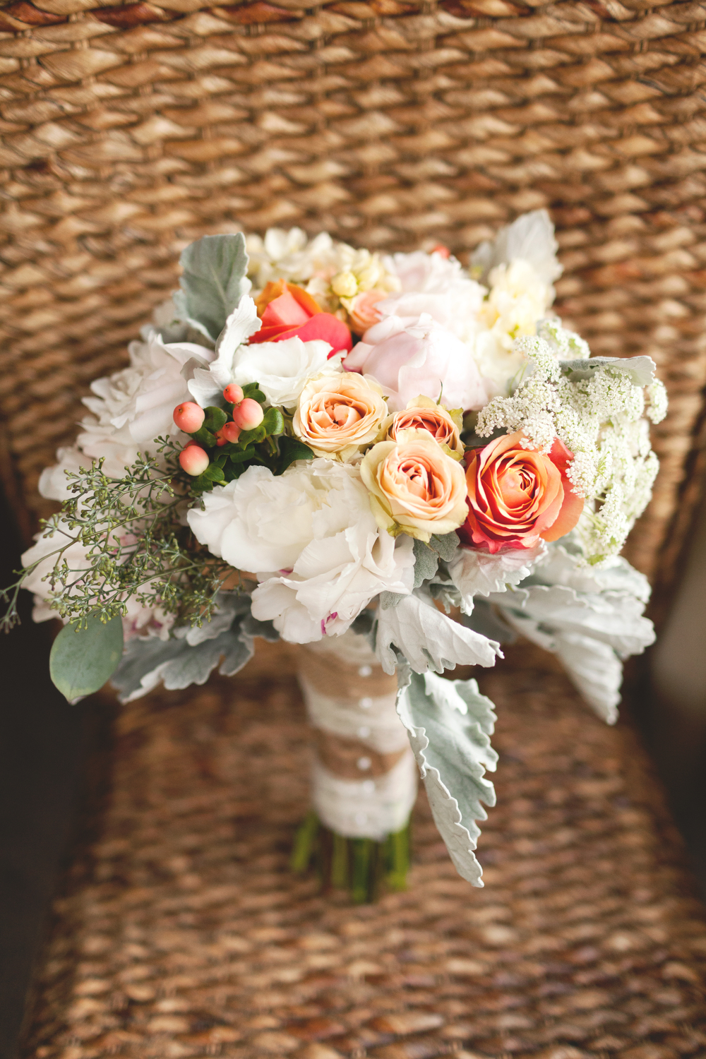Soft Pastel Bouquet (Photo Credit: Sonlight Imaging)