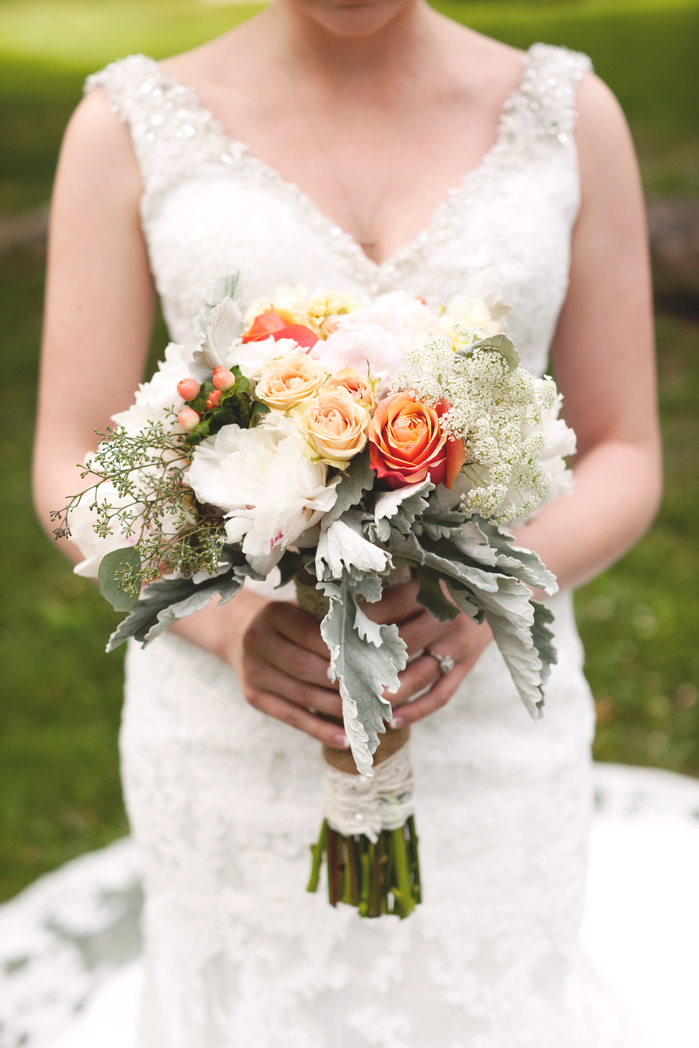 Orange and White Florals (Photo Credit: Sonlight Imaging)
