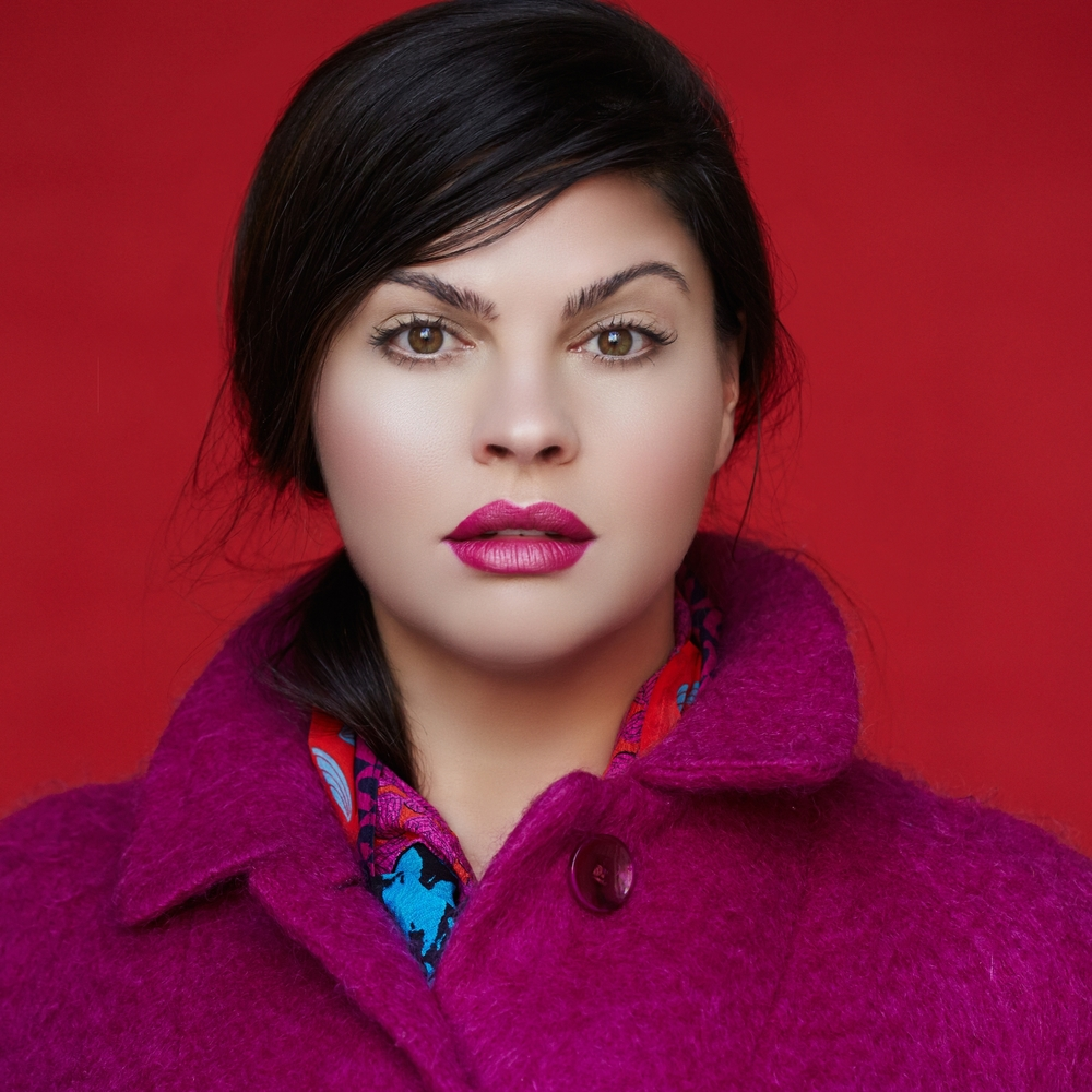 Shot by Roberto Ligresti<strong>Fierce fuschia.</strong><a>More</a>