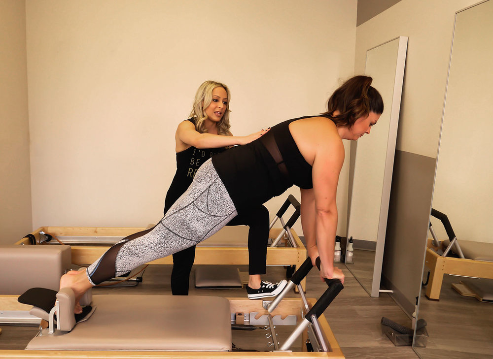 Alia putting me through my paces at The Pilates Loft!