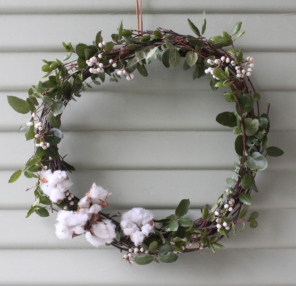 paiko wreath
