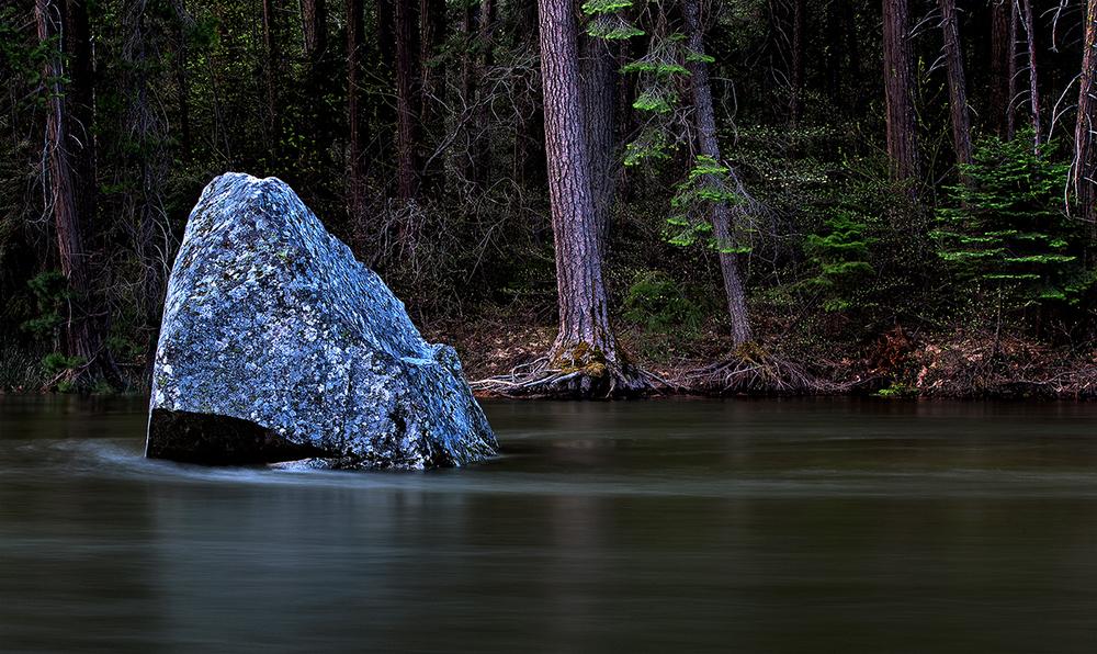 Yosemite River.jpg