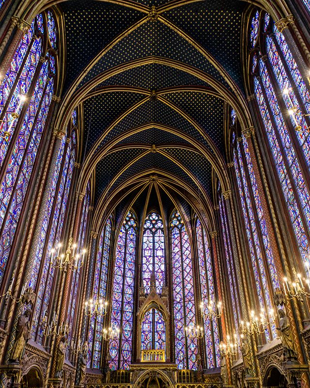 i went to the pma and saw the stained glass from sainte chapelle and it made me think of paris and so did the weather today and it was like exactly a year ago and i wish i was in europe rn