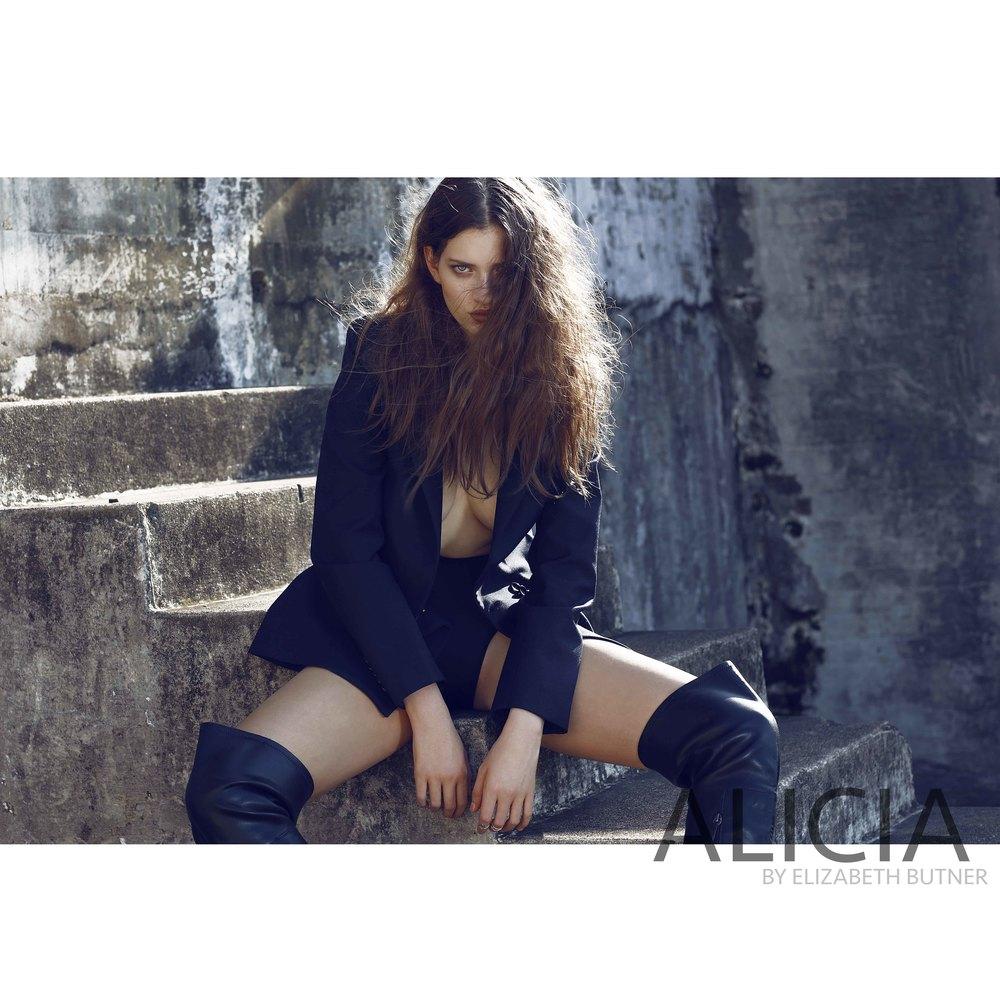 AliciabyElizabethButner.jpg