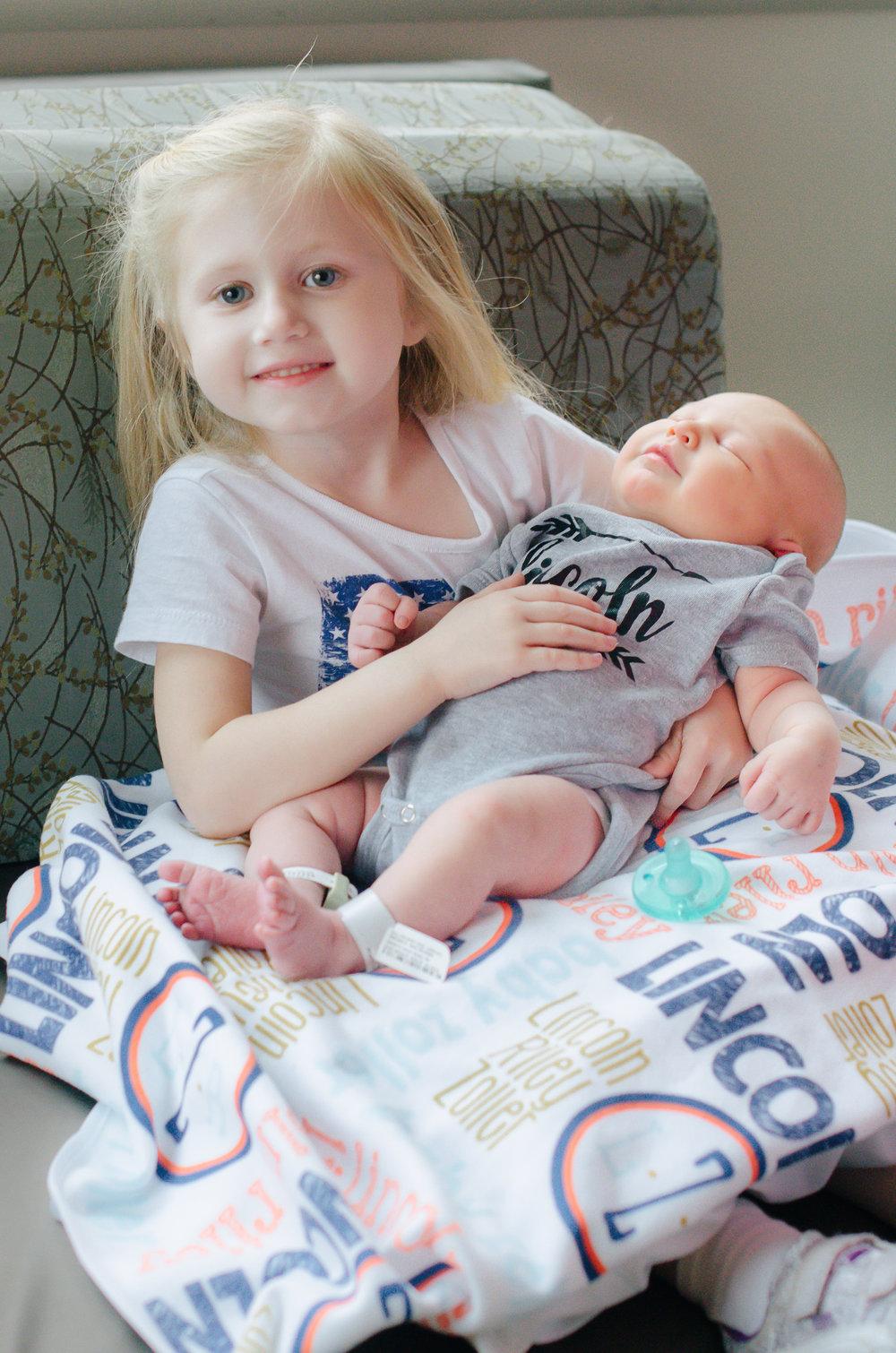 Lincoln_Fresh 48 Newborn-High Res-26.jpg