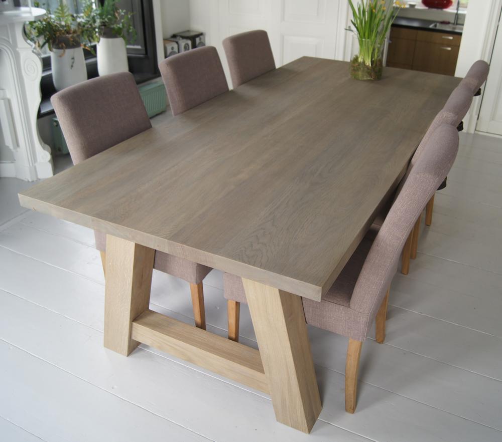 Eiken houten tafel van 220x100cm