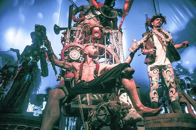 SonderDreams.  #postthepeople #festival #summer17 #visualstoryteller #art #weirdandwonderful #creativecontent #music #sgp17 #secretgardenparty17 #ukshooters #creativecontent #photography #artofvisuals #otherworld #whacky #dreamy #londonleisurepirates #liabilityeden