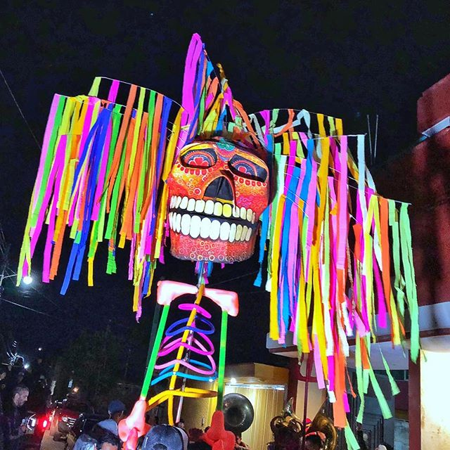 November 1 is considered Día de los Inocentes in Mexico, a holiday to honor dead children and infants. Yes, the subject is somber, but it is actually a brightly colored and joyous celebration with customs, floats and fireworks. 🎆☠️ www.jetawayguru.com