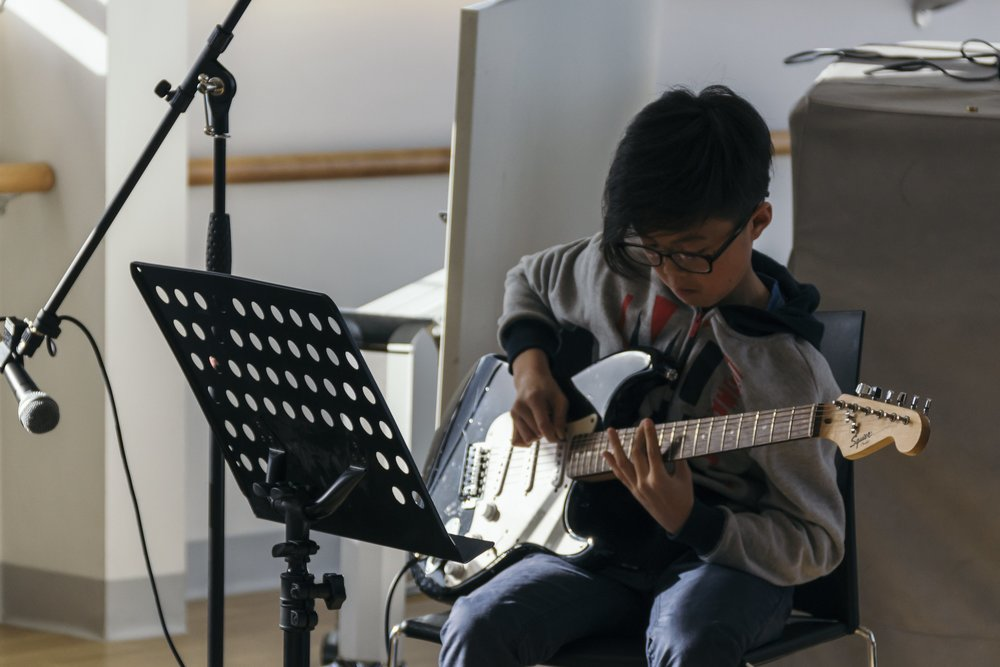 Our guitar student Ethan playing Master of Puppets by Metallica - a rock guitar classic!