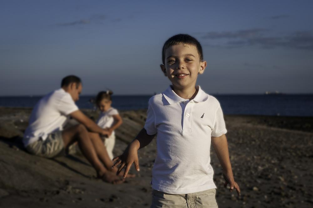 Family photography atFairfield Beach, Fairfield, Connecticut