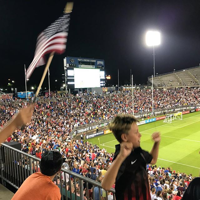 Great to see the Americans tie it up. Wish they hadn't waited until stoppage time to do it.  #usagoal #uswnt #lovesoccer #easthartford #connecticut #womenssoccer #ton2018 #soccer