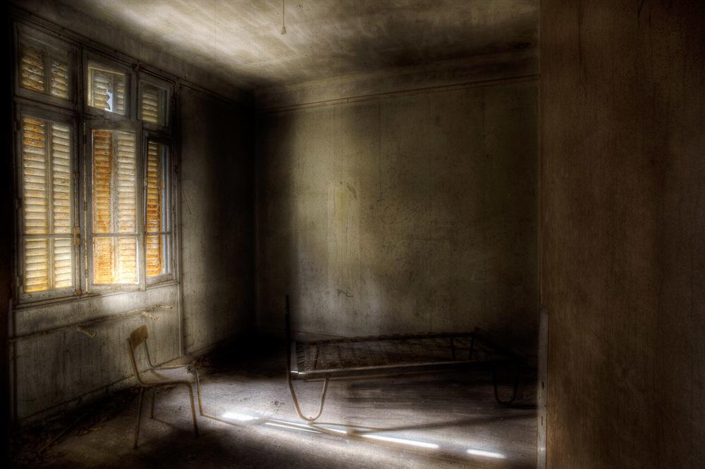 Lieux abandonnés - le préventorium Laelec - chambre