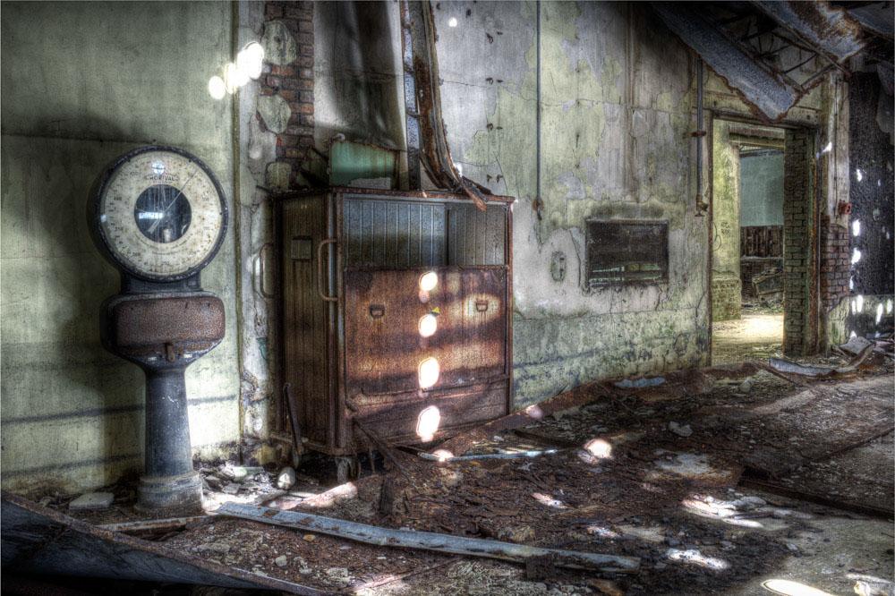 Lieux abandonnés - la filature Badin à Barentin - la salle de pesée