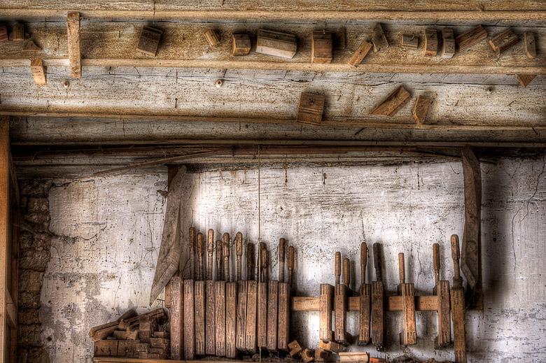 Lieux abandonnés - Atelier de menuisier - outils de menuisier