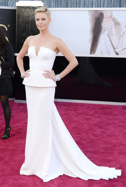 Charlize Theron in Christian Dior Couture Red Carpet Oscars 2013