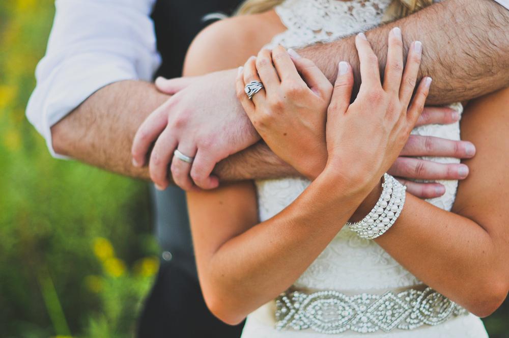 wildlife-prairie-park-peoria-wedding-photographer-31.jpg