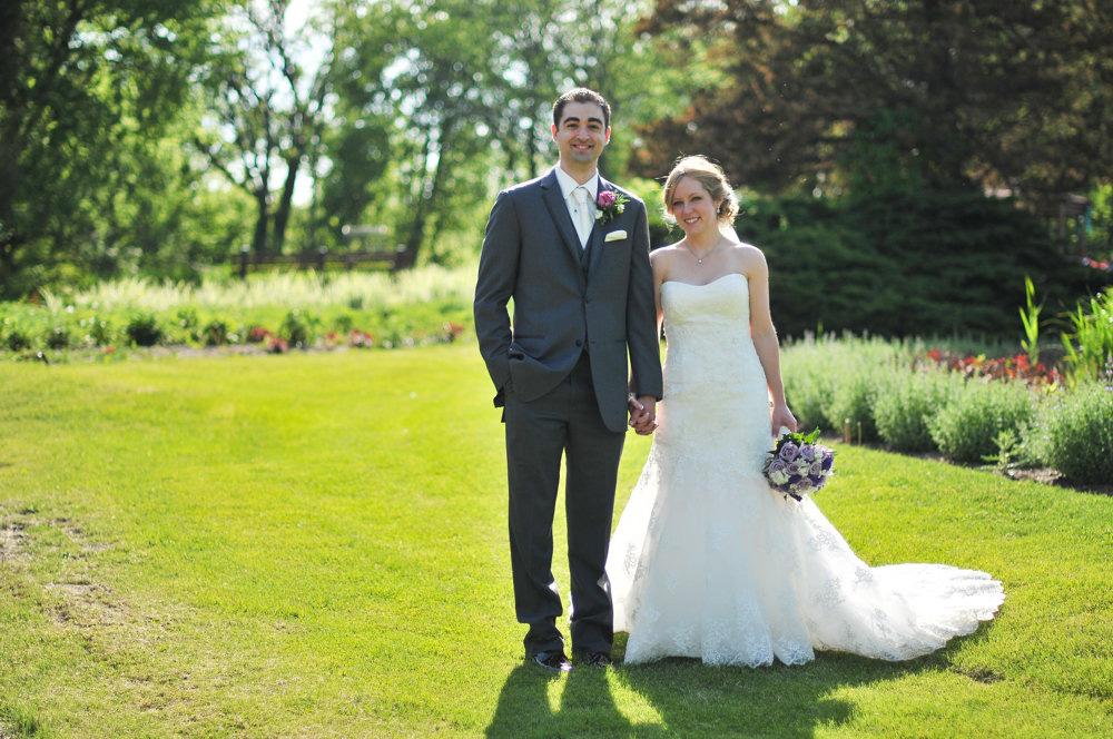 birdhaven-greenhouse-joliet-illinois-wedding-photographer-7.jpg