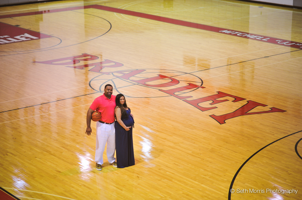 maternity-pictures-peoria-illinois-bradley-university-13.jpg