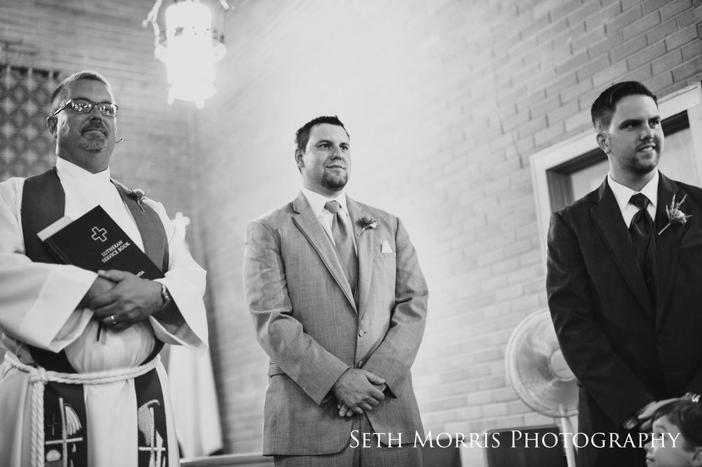 hornbaker-barn-wedding-photo-princeton-photographer-14.jpg