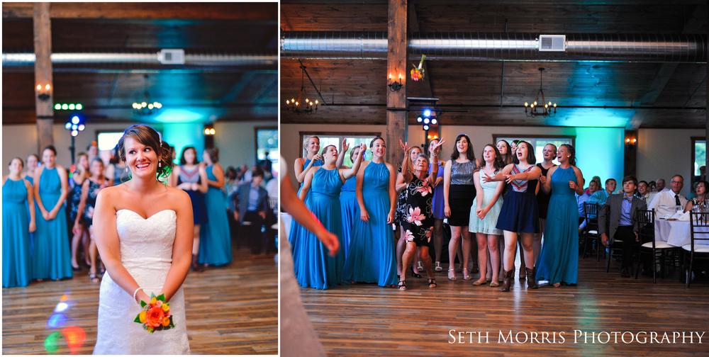 hornbaker-barn-wedding-photo-princeton-photographer-83.jpg