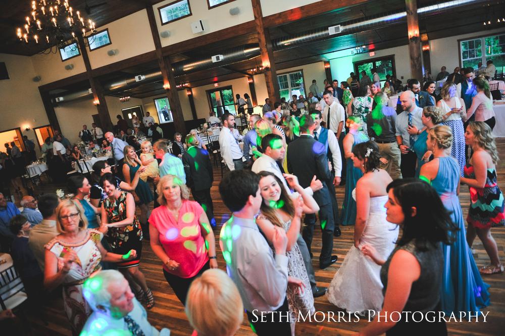 hornbaker-barn-wedding-photo-princeton-photographer-95.jpg