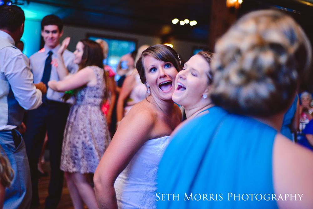 hornbaker-barn-wedding-photo-princeton-photographer-97.jpg