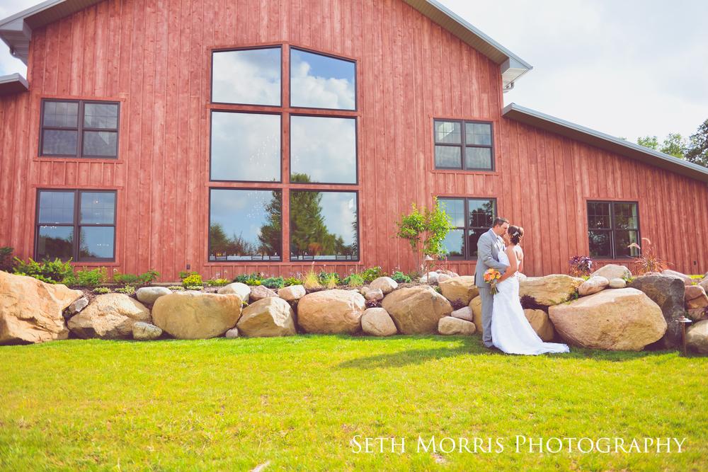 hornbaker-barn-wedding-photo-princeton-photographer-50.jpg