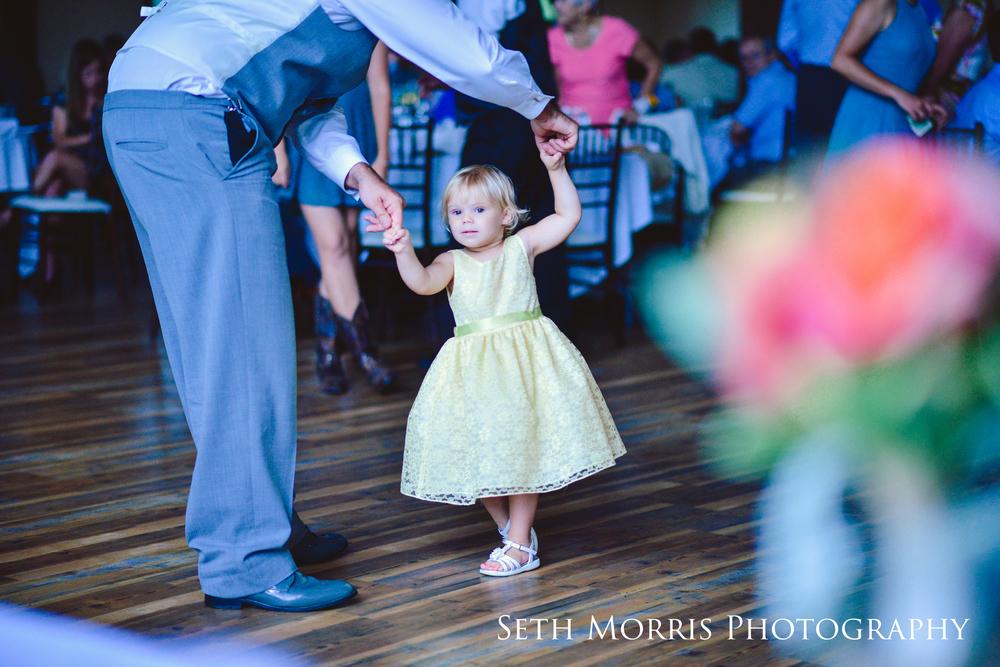 hornbaker-barn-wedding-photo-princeton-photographer-78.jpg