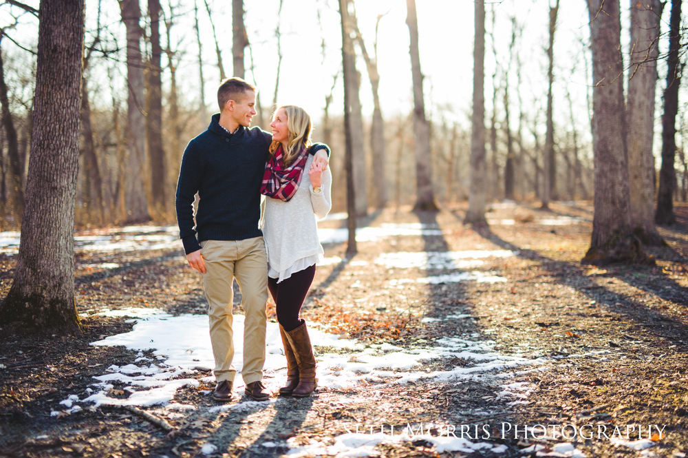 winter-engagement-pictures-starved-rock-chicago-11.JPG