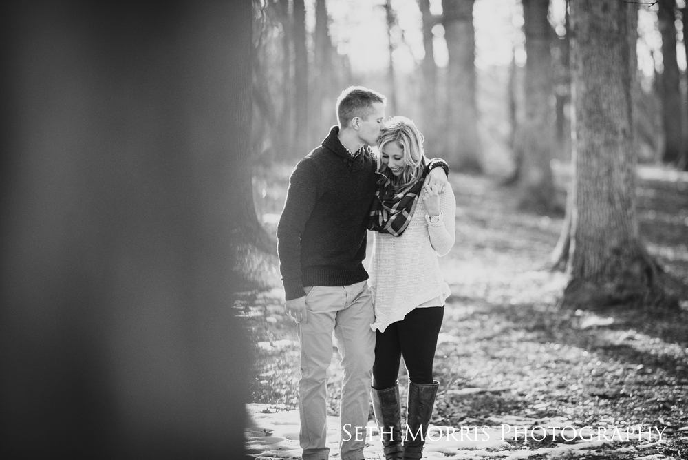 winter-engagement-pictures-starved-rock-chicago-12.JPG