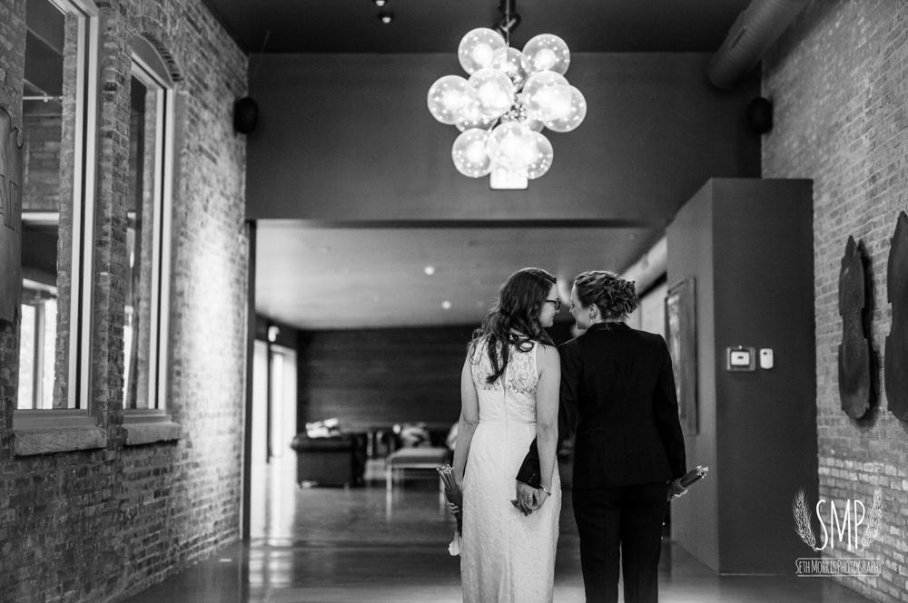 chicago-lesbian-wedding-architechural-artifacts-34.jpg