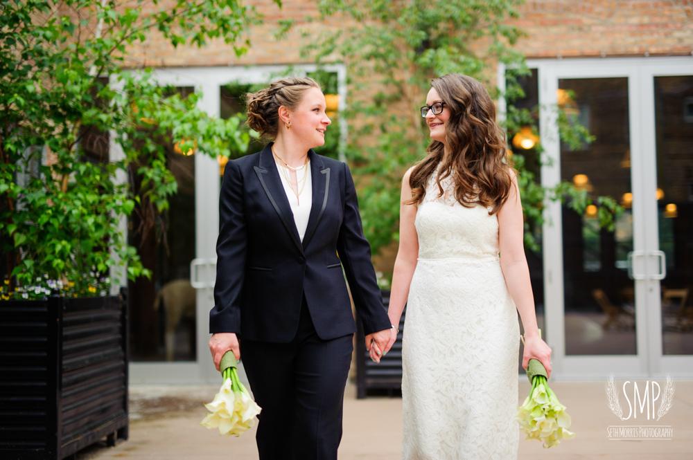 chicago-lesbian-wedding-architechural-artifacts-41.jpg