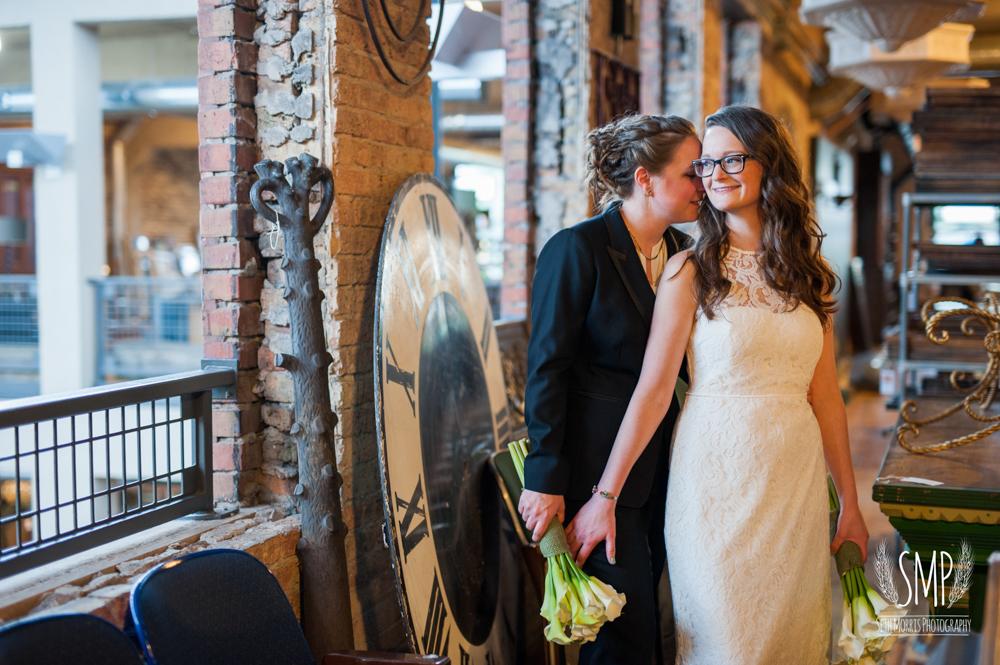 chicago-lesbian-wedding-architechural-artifacts-48.jpg