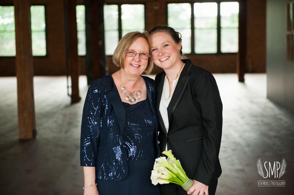 chicago-lesbian-wedding-architechural-artifacts-57.jpg