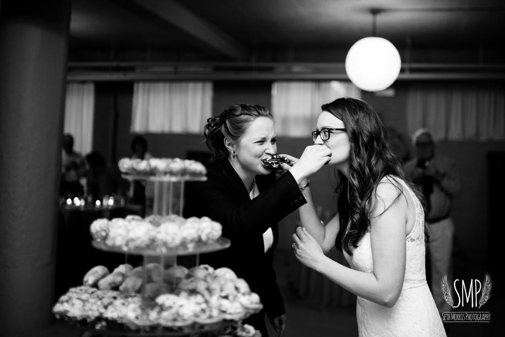 chicago-lesbian-wedding-architechural-artifacts-74.jpg