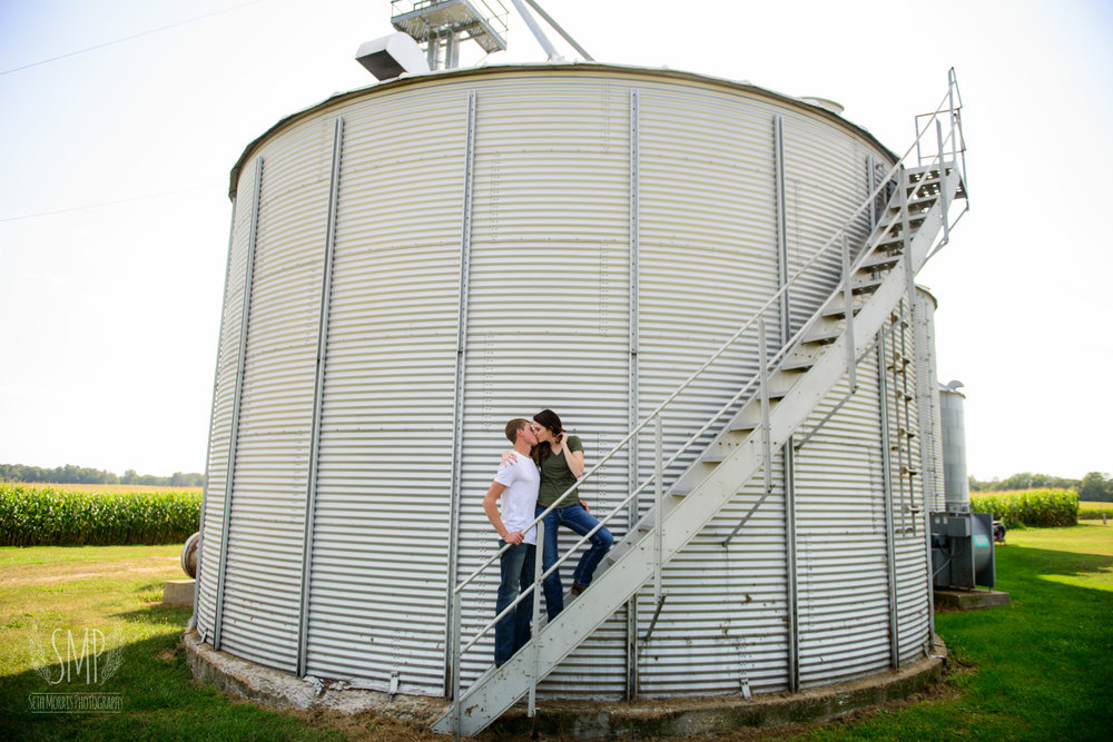 farm-engagement-session-6.jpg